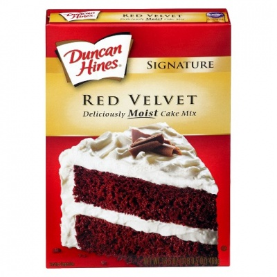 Duncan Hines Signature Red Velvet Delicious Moist Cake Mix  432g